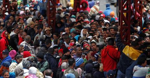 Equador e Peru aumentam exigências para entrada de venezuelanos