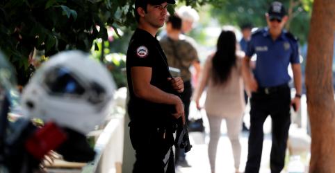 Placeholder - loading - Imagem da notícia Tribunal turco rejeita recurso para libertar pastor norte-americano, diz mídia