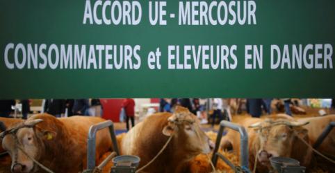 Placeholder - loading - Imagem da notícia Crise na Argentina dificulta acordo Mercosul/UE e inviabiliza livre comércio de veículos, diz fonte