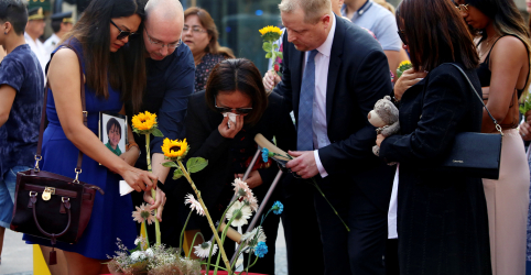 Placeholder - loading - Imagem da notícia Barcelona relembra ataques islâmicos em meio a tensões políticas