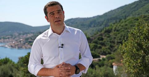 Premiê da Grécia decreta fim de 'Odisseia moderna' após resgate financeiro