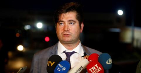 Placeholder - loading - Imagem da notícia Advogado de pastor dos EUA preso na Turquia planeja recorrer à corte constitucional