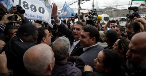 Bolsonaro compara Lula a líderes de facções criminosas por comandar PT de dentro da prisão
