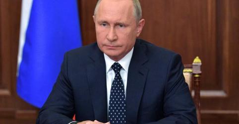 Placeholder - loading - Putin atenua proposta de reforma da Previdência após queda de popularidade