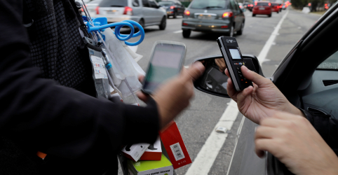 Placeholder - loading - Imagem da notícia ENFOQUE-Acuadas, Cielo e Rede tentam voltar a dar as cartas no mercado de meios de pagamentos