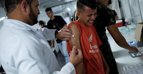 Placeholder - loading - Temer diz que senhas seriam apenas para venezuelanos que entram no Brasil para compras e vacinas