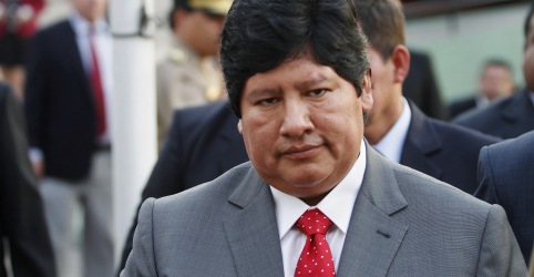 Placeholder - loading - Imagem da notícia Informante diz que presidente da Federação Peruana de Futebol subornou juiz da Suprema Corte, indica documento