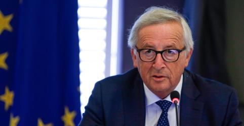 Placeholder - loading - Imagem da notícia UE promete elevar tarifas de automóveis se Trump renegar acordo
