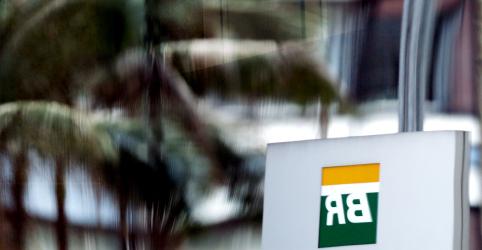 Placeholder - loading - Petrobras eleva diesel em 13% na refinaria após novo valor para subvenção
