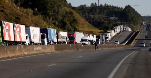 Placeholder - loading - ANTT publica nova tabela de frete rodoviário com alta média de 5%; caminhoneiros criticam