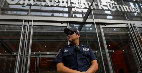 Placeholder - loading - Pence e Pompeo dizem não ser autores de artigo de 'resistência' publicado no New York Times