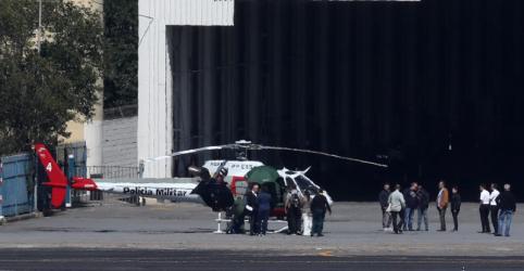 Bolsonaro chega a São Paulo e passa por exames no hospital Albert Einstein