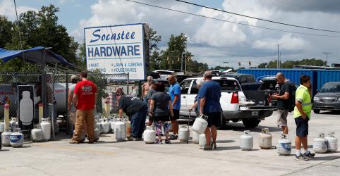 Placeholder - loading - Furacão Florence se aproxima da costa dos EUA e 1 milhão de pessoas recebem ordem de retirada