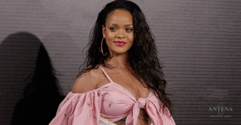 Placeholder - loading - Imagem da notícia Parcerias no novo disco de Rihanna