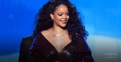 Placeholder - loading - Imagem da notícia Rihanna fala sobre novo disco