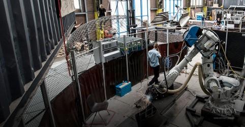 Placeholder - loading - Imagem da notícia Robôs conseguem imprimir edifícios inteiros