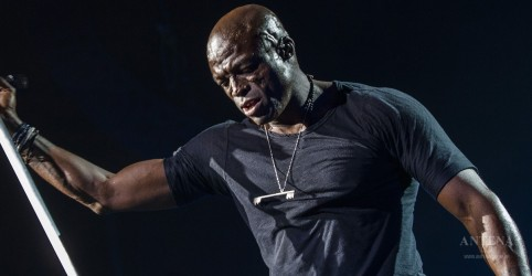 Seal é acusado de agressão sexual
