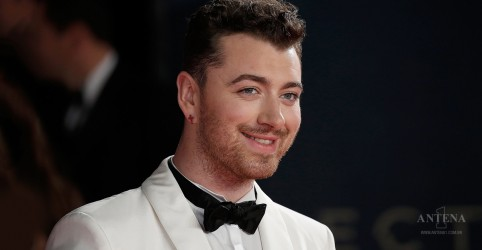 Placeholder - loading - Confira homenagem de Sam Smith a George Michael