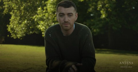 Sam Smith lança versão acústica de faixa de The Thrill Of It All