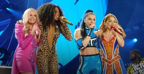 Placeholder - loading - Imagem da notícia Spice Girls ganham 78 milhões de dólares com última turnê