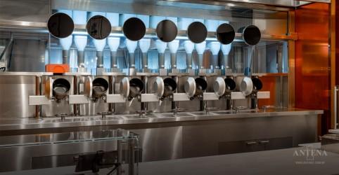 Placeholder - loading - Imagem da notícia Restaurante robotizado nos Estados Unidos