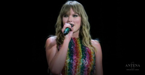 Aretha Franklin é homenageada por Taylor Swift em show