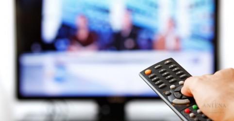 Placeholder - loading - Excesso de televisão também faz mal para os adultos, revela estudo