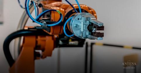 Placeholder - loading - Imagem da notícia Competição de ''Robôs mágicos'' na Espanha