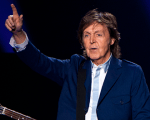 Paul McCartney está entre os músicos mais ricos Background