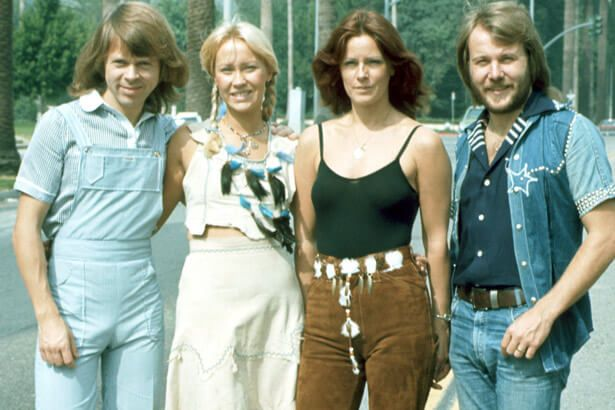 Placeholder - loading - Disco do Abba é um dos mais vendidos da história do Reino Unido Background