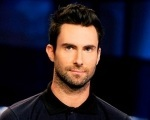 Placeholder - loading - Adam Levine é surpreendido por fã com pacote de açúcar Background