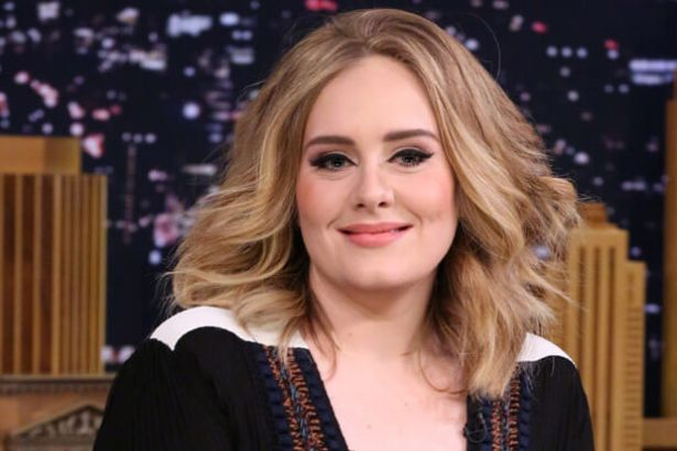 Adele disponibiliza 25 em plataforma de streaming Background