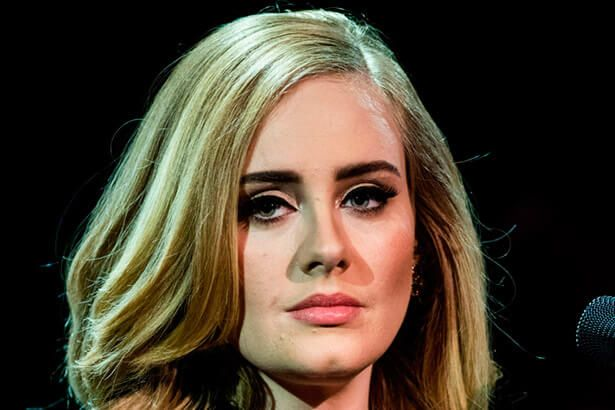 Placeholder - loading - Adele nega participação no Super Bowl