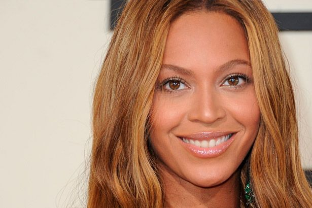 Placeholder - loading - Beyoncé pode ter dado pista sobre sexo de bebês Background