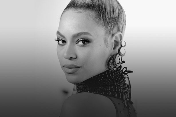 Placeholder - loading - Beyoncé é a artista feminina que mais lucrou no ano Background