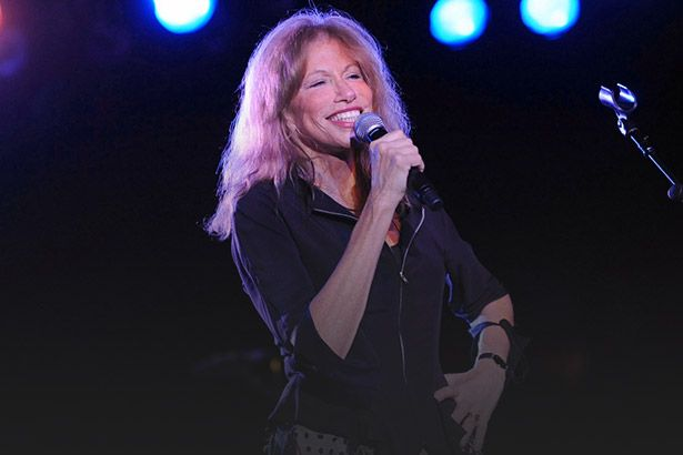 Carly Simon é a Artista da Semana Background
