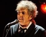 Bob Dylan faz apresentação no penúltimo programa de David Letterman Background