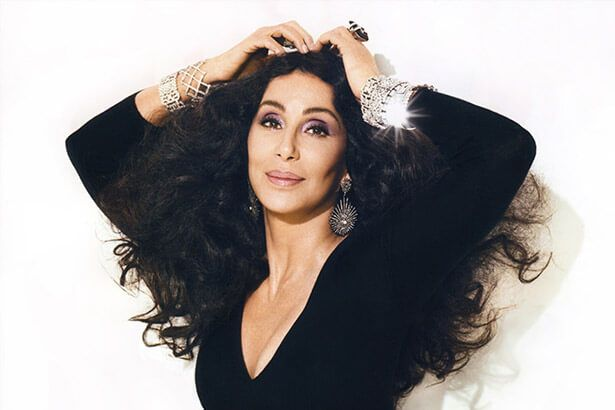 Placeholder - loading - Hoje, dia 20 de maio, Cher completa 70 anos! Background