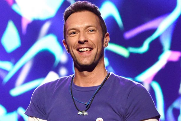Filhos de Chris Martin participam de show do Coldplay Background