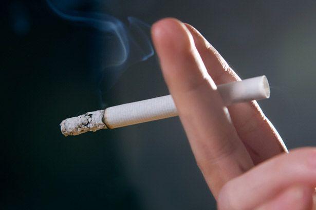 Estudo mostra que fumar enfraquece gene que protege as artérias Background