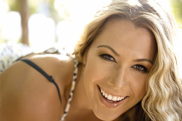 Placeholder - loading - Parabéns, Colbie Caillat! Background