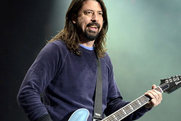 Dave Grohl fala sobre o Nirvana em entrevista Background