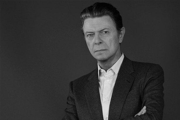 Trilha sonora de documentário contará com faixa inédita de David Bowie Background
