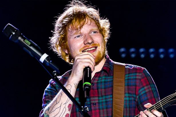 Ed Sheeran libera clipe de Shape Of You Background