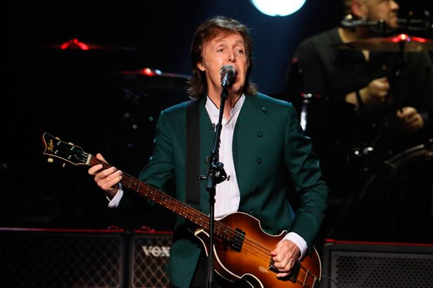 Paul McCartney anuncia novo álbum e retorno à antiga gravadora Background