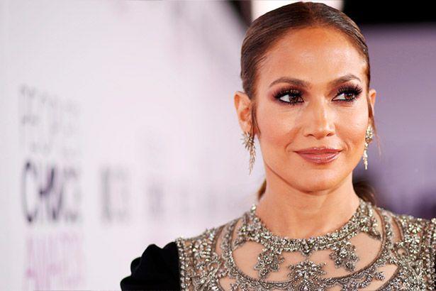 Placeholder - loading - Imagem da notícia Faixa inédita de Jennifer Lopez