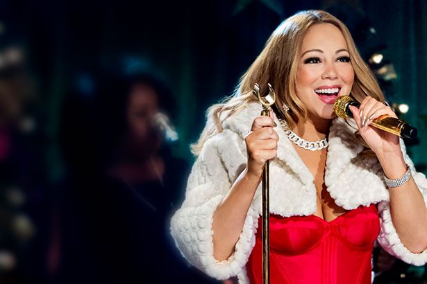 Mariah canta canção natalina em especial de TV Background