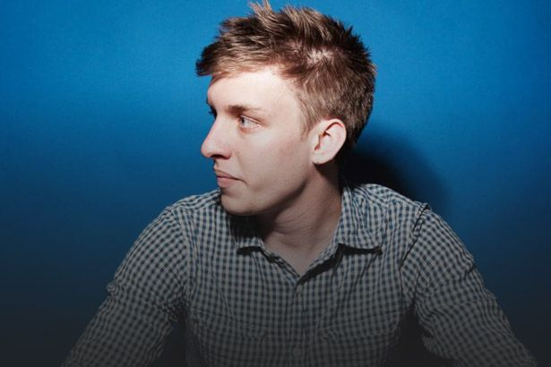 "Confira ""Don't Matter Now"", novo single de George Ezra Background"