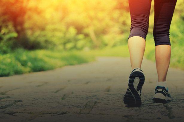 Placeholder - loading - Caminhar 10 minutos diários pode reduzir doenças, aponta guia britânico Background
