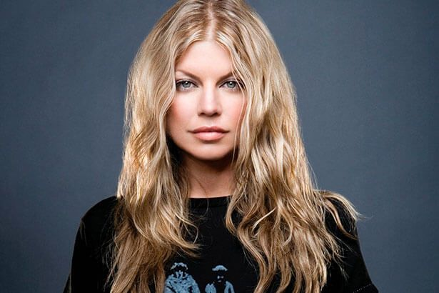 Ouça nova música de Fergie Background